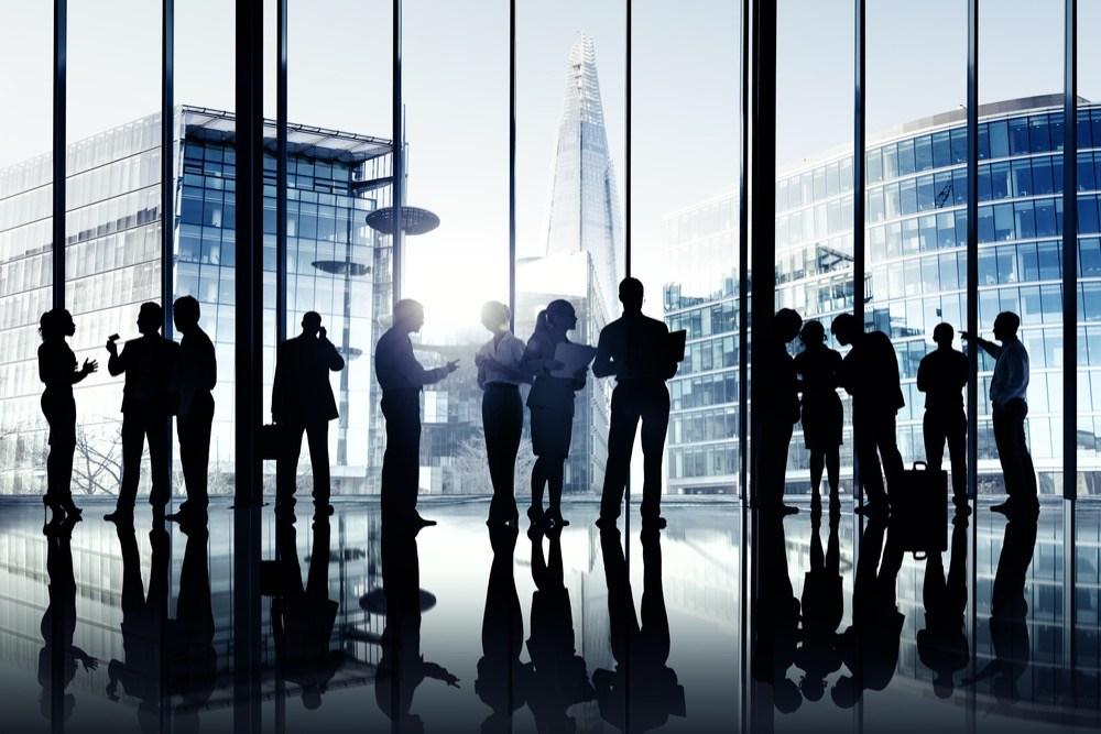 正社員を目指すなら必見!20代では身につけておきたい「ビジネスマナー」3選!